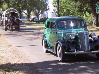 Wagons Car Wallpaper