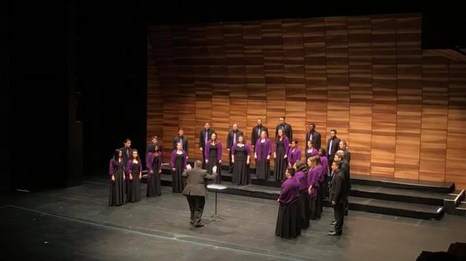 Choir preparing for European competition – Northwestern
